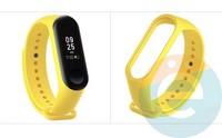 Силиконовый ремешок для Xiaomi Mi band 3/4 жёлтый (5)
