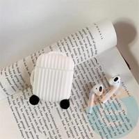Чехол силиконовый для наушников Apple AirPods чемодан белый 70
