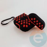 Чехол силиконовый Nike для наушников Apple AirPods 1/2 чёрно-красный 7