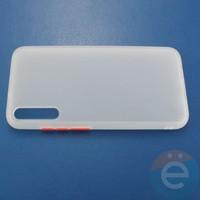 Накладка пластиковая матовая с силиконовой окантовкой для Huawei Honor Play 3 белая