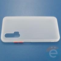 Накладка пластиковая матовая с силиконовой окантовкой для Huawei Nova 6 белая