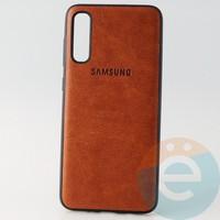 Накладка кожаная с логотипом для Samsung A70s коричневая