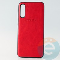 Накладка кожаная с логотипом для Samsung A70s красная