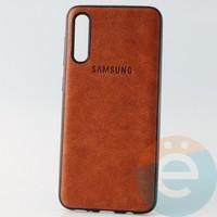 Накладка кожаная с логотипом для Samsung A30s коричневая