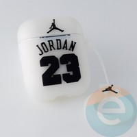 Чехол силиконовый для наушников Apple AirPods Pro Jordan белый