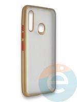 Накладка силиконовая матовая с перламутровой окантовкой для Samsung Galaxy A70E золотистая