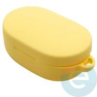 Чехол силиконовый с карабином для AirDots желтый