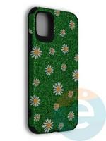 Накладка силиконовая с ромашками для Apple iPhone 11 зеленая