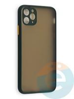 Накладка пластиковая с силиконовой окантовкой с защищенной камерой для iPhone 11 Pro Max зеленая