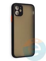 Накладка пластиковая с силиконовой окантовкой с защищенной камерой для iPhone 11 черная